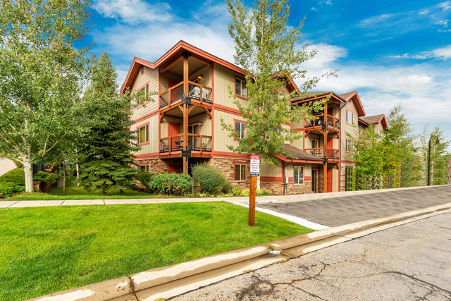 5501 North Lillehammer Lane #4102 Park City, UT 84098